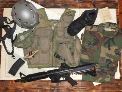 KIT 12-U.S. SPECIAL FORCES
